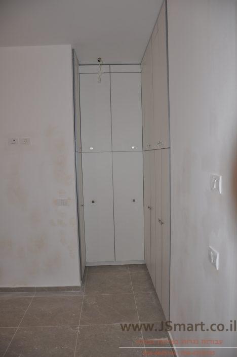 חדרי ארונות